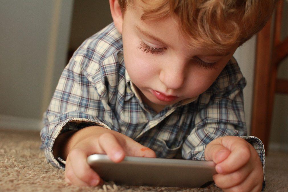 10 passos ajudam pais a lidar com a hiperatividade