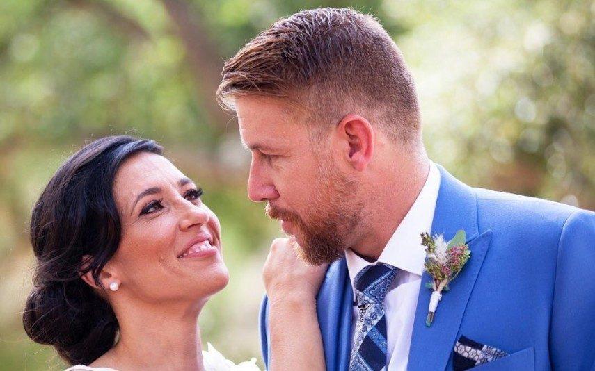 Casados à Primeira Vista   Isabel ignorada pela mãe de Cláudio no próprio casamento