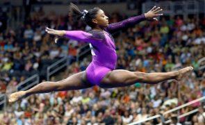 Tóquio2020: Simone Biles culpa «demónios na cabeça» por abandono