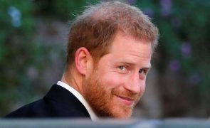 Ex-namorada descreve príncipe Harry como uma pessoa «ferida e narcisista»