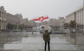 Bielorrússia cancela todas as acreditações para imprensa estrangeira