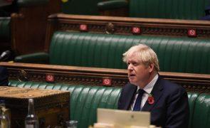 Primeiro-ministro britânico isolado após contacto com caso positivo de covid-19