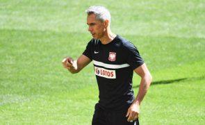 Euro2020: Paulo Sousa diz que a Polónia tem capacidade para causar 'estragos' à Espanha