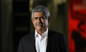 Luís Filipe Vieira quer vender ações da SAD do Benfica para ganhar dois milhões de euros
