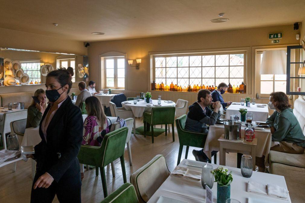 Covid-19: Clientes podem entrar em restaurantes sem teste ou certificado para pagar ou usar sanitários