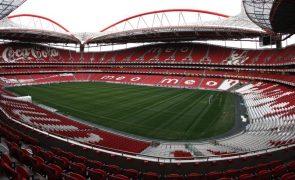 Direção do Benfica desconhece acordo com investidor John Textor e promete veto