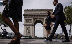 Covid-19: França terá 50 mil infeções diárias no início de agosto, diz Especialista