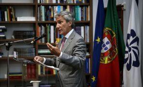 Covid-19: Embaixador de Portugal quer acordo bilateral com o Brasil para certificado de vacina