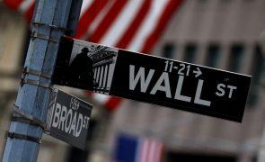 Wall Street em queda pouco após o início da sessão