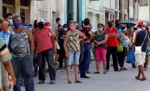 Covid-19: Cuba bate recorde de novos casos diários com 9.323 infeções