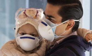 Terapia inovadora elimina tumor cerebral em criança de 7 anos