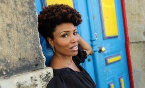 Lura celebra 25 anos de carreira que a levou do bairro social aos palcos mundiais
