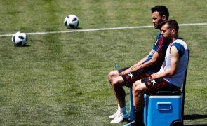Busquets e Alba reduzem salário e permitem inscrição de Sergio Agüero no FC Barcelona