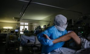 Covid-19: Quase oito mil enfermeiros infetados durante a pandemia