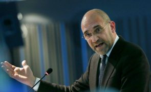 Sampaio: Passos Coelho lamenta