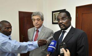 Antigo ministro moçambicano dos Transportes condenado a 10 anos de prisão