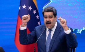 Maduro faz primeira viagem ao estrangeiro desde a sua acusação nos EUA