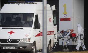Covid-19: Rússia regista novo recorde diário com 828 mortes no país