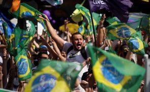 Desconfiança dos brasileiros nas instituições aumentou