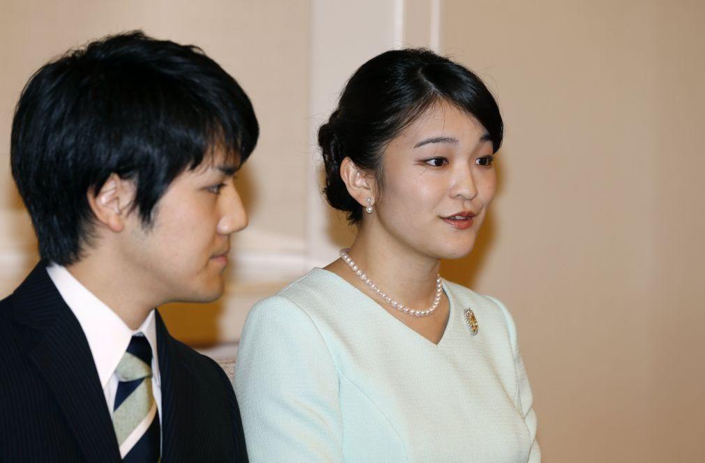 Princesa do Japão renuncia a subsídio de casamento