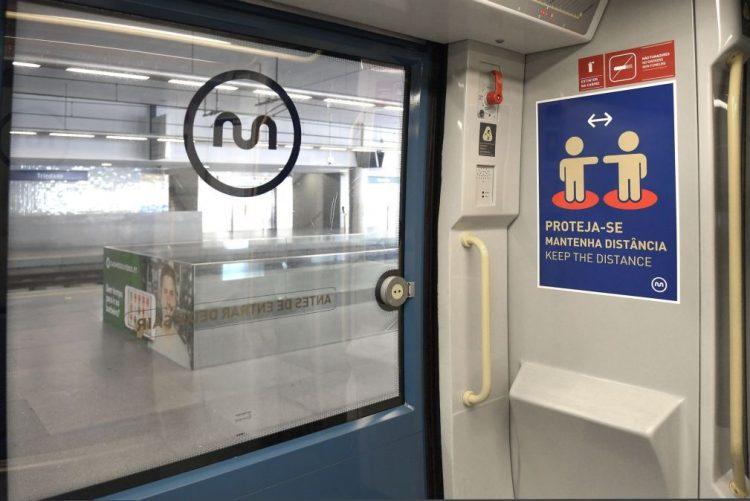 Inundação interrompe circulação do metro do Porto