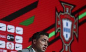 Rui Jorge pede qualidade e simplicidade a Portugal para superar a Islândia