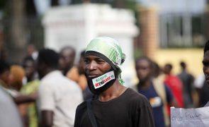 Autoridades nigerianas avisam que vão impedir manifestações contra abusos policiais