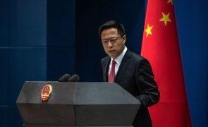Covid-19: China alerta contra