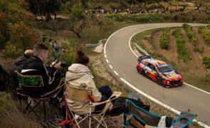 Thierry Neuville vence Rali da Catalunha e adia decisões dos títulos para Monza