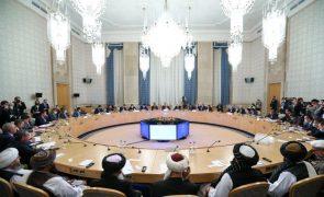 Afeganistão: Rússia, China e Irão defendem cooperação para assegurar